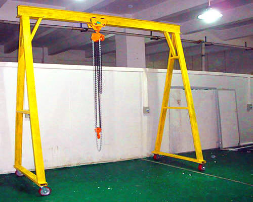 2t movable gantry crane with electric hoist