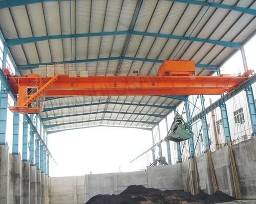 Grab crane with 20 ton capacity