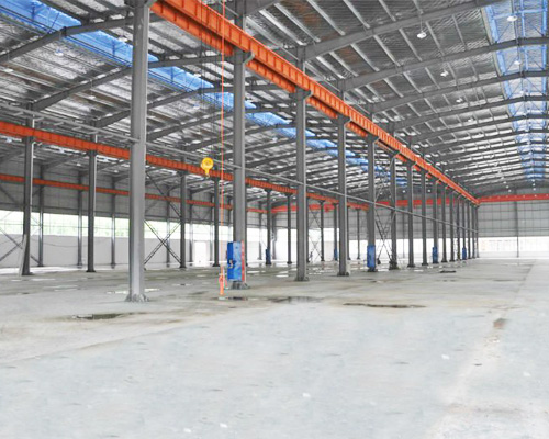 Steel Structure Built With Runway System