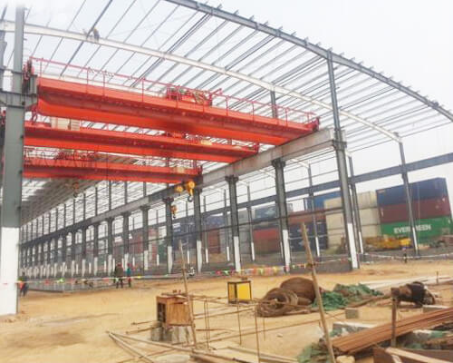 Steel Structures With Overhead Cranes