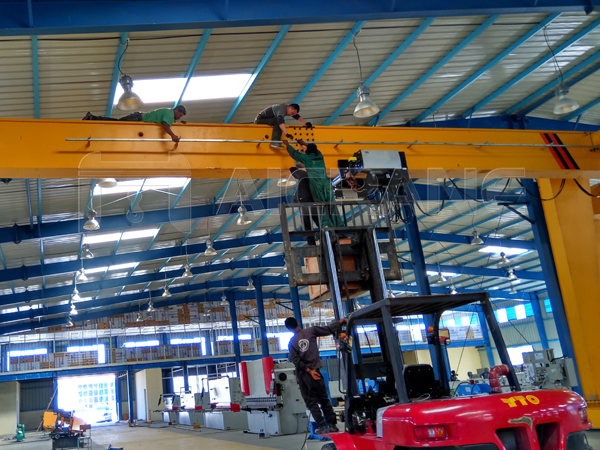Hoist Running Support Installation