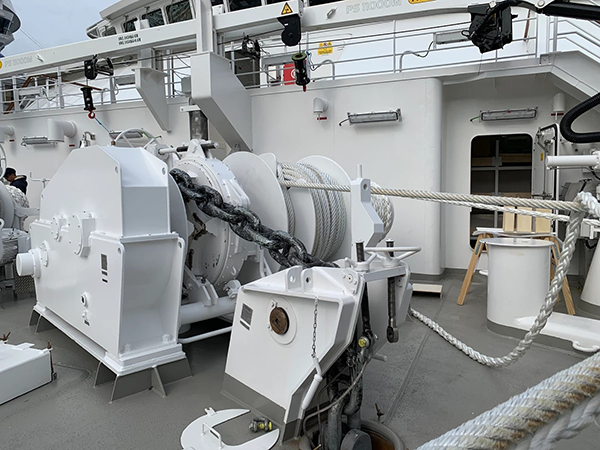 Electric Windlass And Mooring Winch Manufacturer