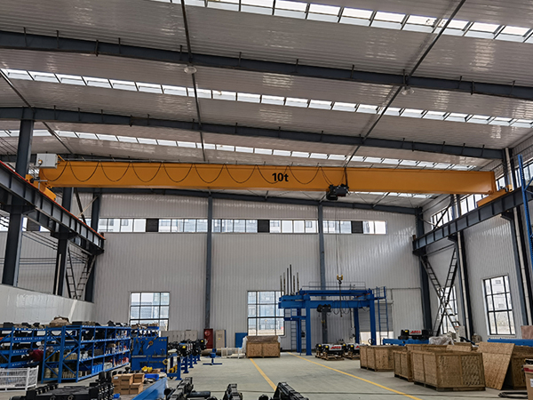 10 Ton Overhead Crane In Warehouse