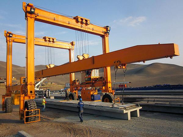 Rubber Tired Gantry Crane for Handling Beam