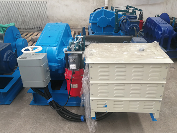 Electric Winch With Cam Control